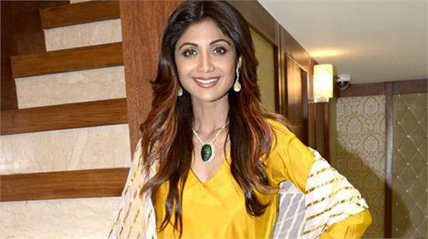 shilpa shetty name used in lucknow based company case case filed anjsnt