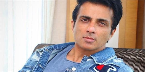 sonu sood helps 400 families of migrants who died in accident