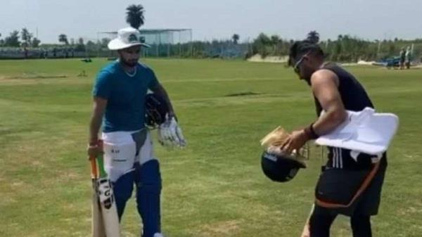 raina and pant ground after long break