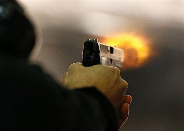 pakistan  car  shooting  4 people  death