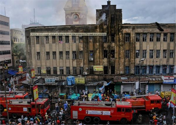 fire broke commercial building at canning street in kolkata