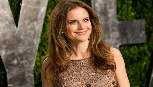 actress kelly preston has died of breast cancer at 57