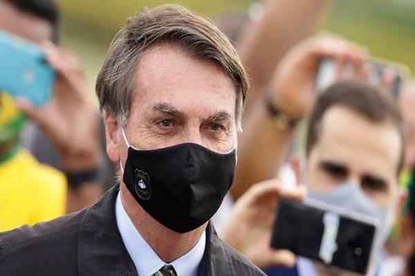 bolsonaro becomes poster boy to treat covid 19