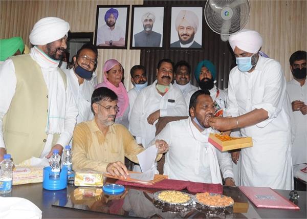 market committee  manpreet badal  bathinda  mohan lal jhumba