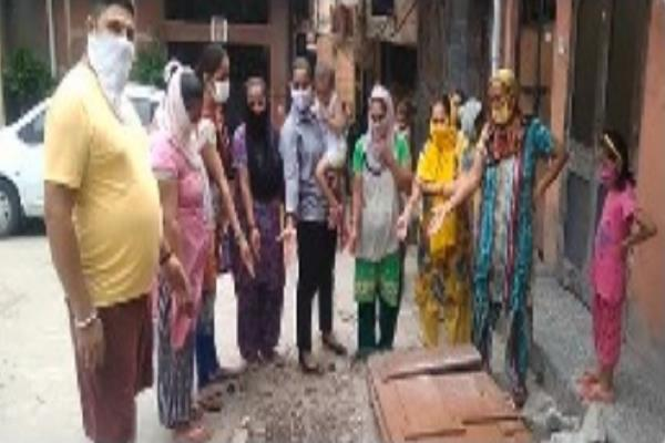 extra water for drowning in ropar but people longing for a to drink