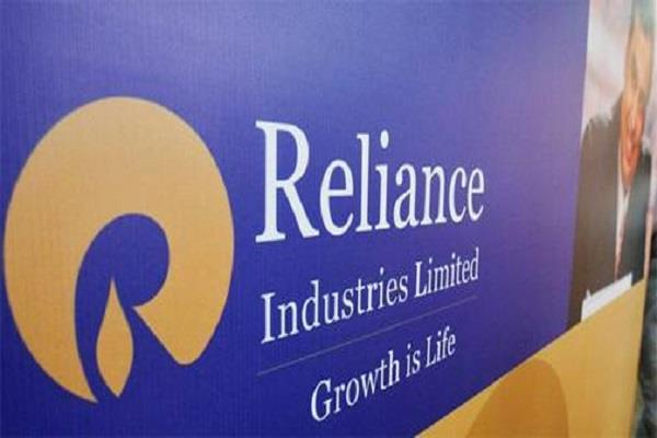 reliance capitalization crossed rs 12 000 lakh crore
