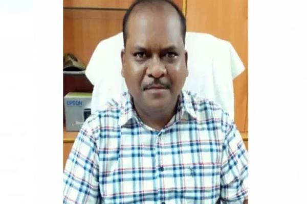 odisha cop dismissed over rape  abortion of minor girl