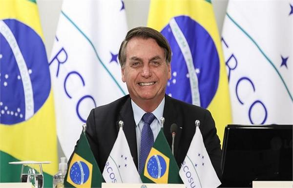 opponents comment on bolsonaro  s recovery with hydroxychloroquine