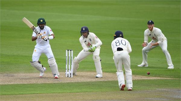 pak vs eng  first day  s play over  pakistan score 139 2