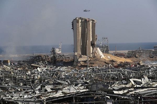 beirut blast  victims eiffel tower