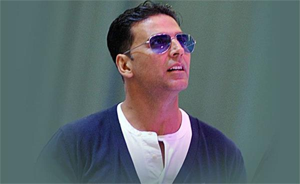 akshay kumar for donating rs 1 cr towards flood relief
