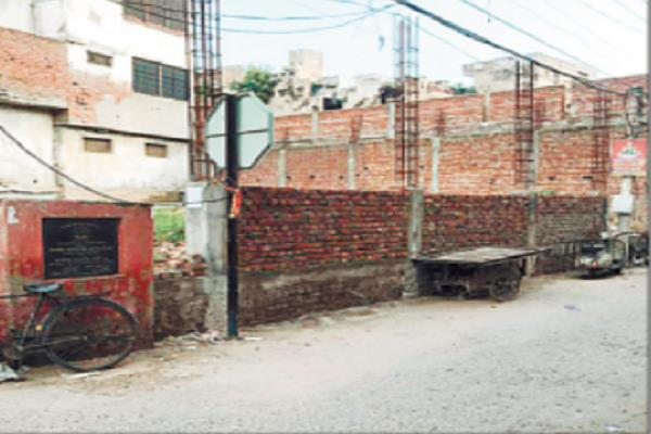 corporation stops illegal construction at my diamond gate