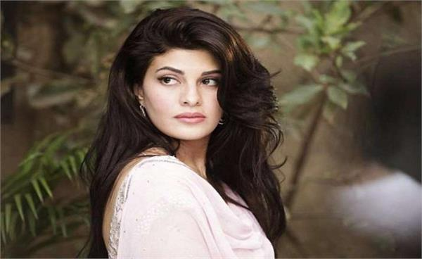 jacqueline fernandez adopted two villages in maharashtra