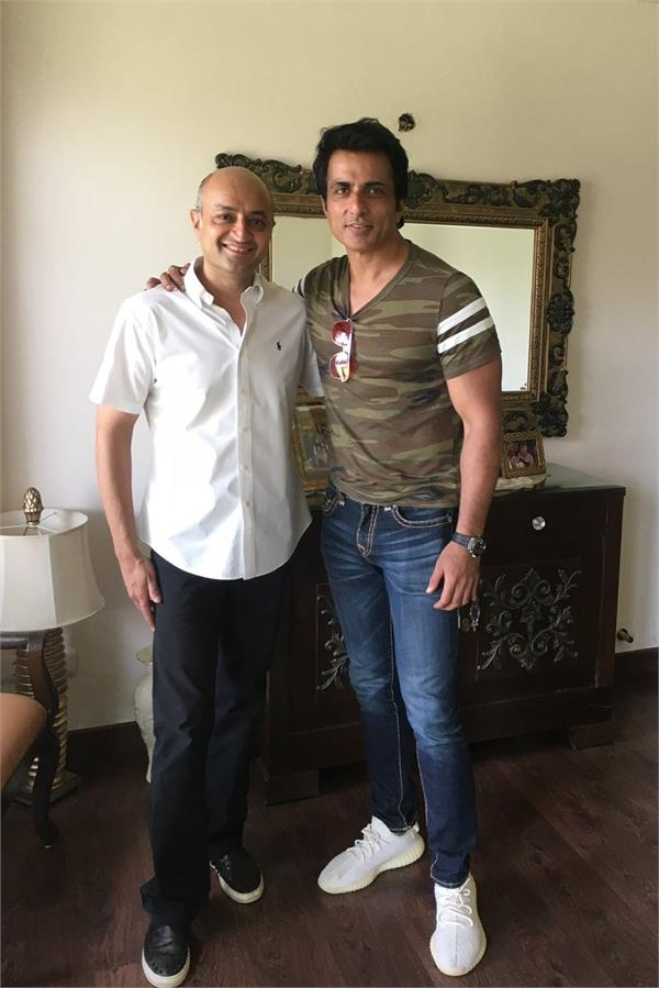 in reality  sonu sood support families
