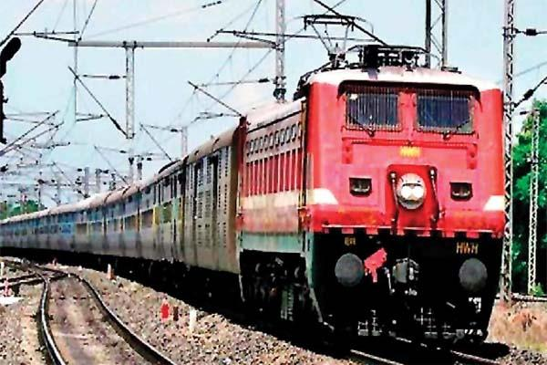 indian railway had to give refund more than the earnings
