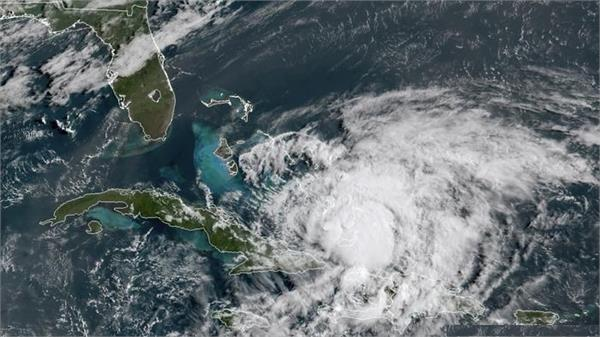 hurricane isaias lashes bahamas on way to coronavirus hit florida