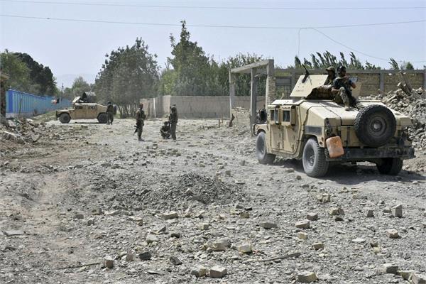 afghan officials  taliban truck bomb  other attacks kill 17