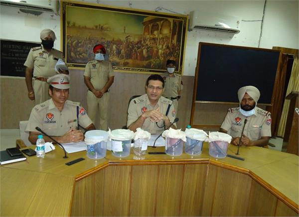 interstate gang  7 persons  arrested