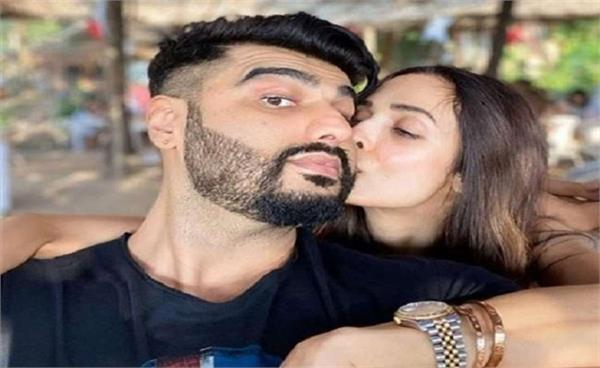 after arjun kapoor  malaika arora tests positive for covid 19