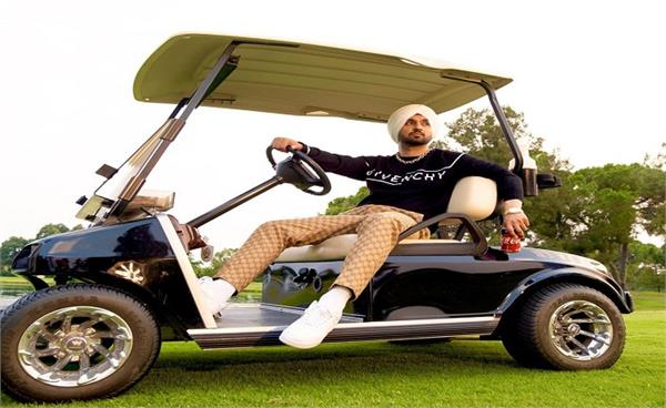 twitter user accused diljit dosanjh for doing politics on the name of farmers