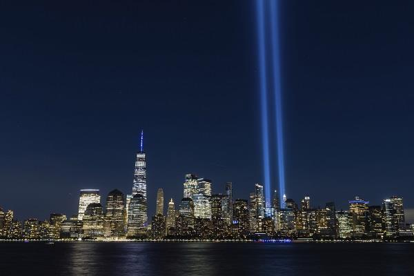 new york city shines in blue 9 11