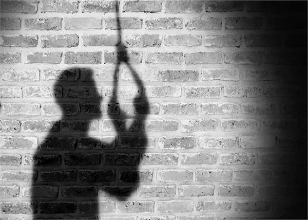 rashtrapati bhavan jawan hanging suicide