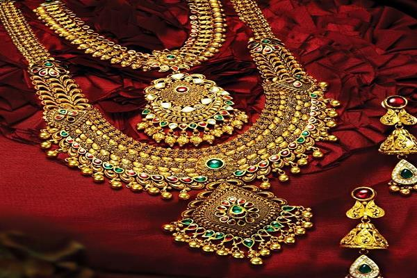 gold and silver which are cheaper than rs 9 500 this week