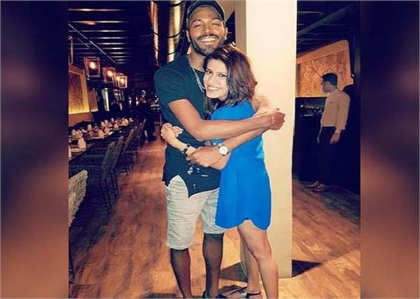 hardik pandya social media picture
