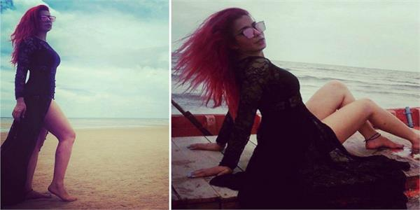 jasmine sandlas bold pictures viral on social media