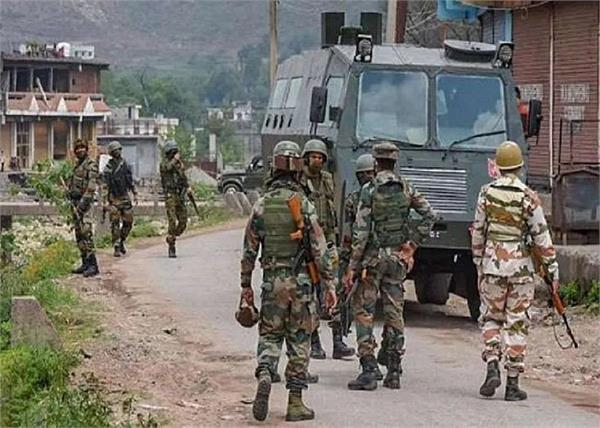 jammu and kashmir budgam lashkar 4 terrorists arrested