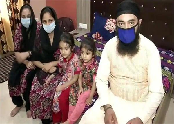 200 afghan sikh families in delhi gurdwaras