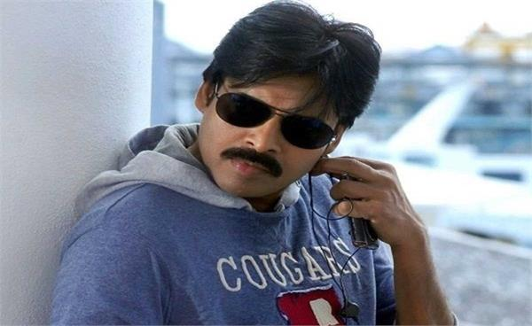 vakeel saab actor pawan kalyan s 3 fans died while putting