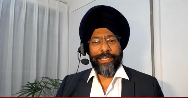 first time turbaned candidate contesting australia canberra