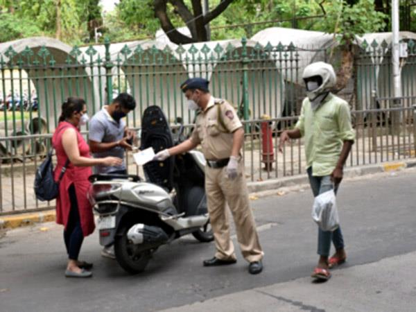 mumbai police tightens on corona  s growing cases  section 144 enforced