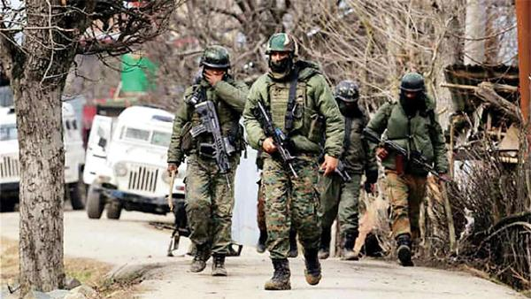 terrorists arrested in south kashmir