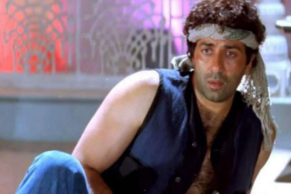 birthday special  sunny deol has faced thugs in real life too