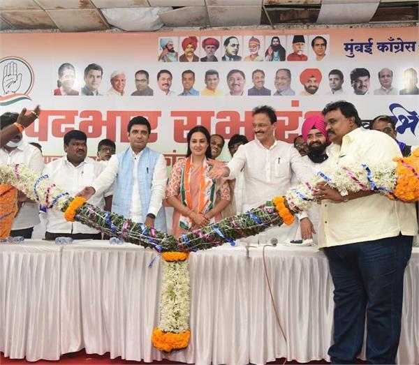 tv actress kamia joins punjabi congress  photos