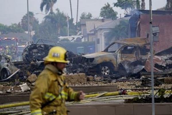 america two killed two injured in plane crash in california