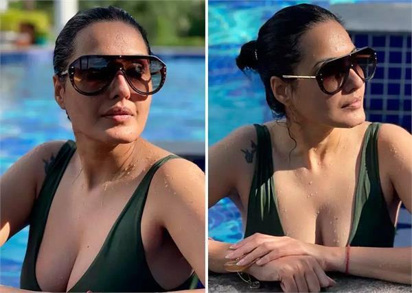 kamya punjabi bikini look viral
