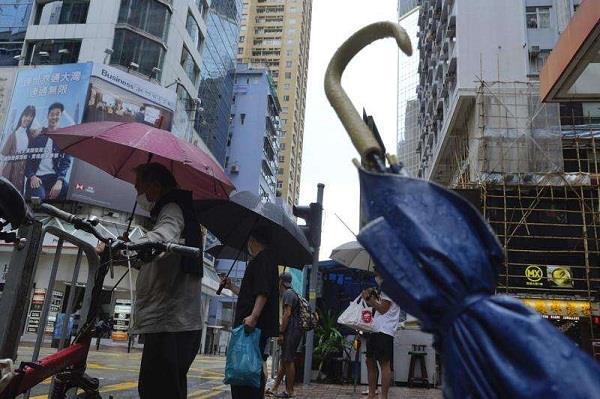 schools  markets closed in hong kong due to hurricane kompasu