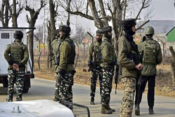 2 jaish militants arrested in anantnag district