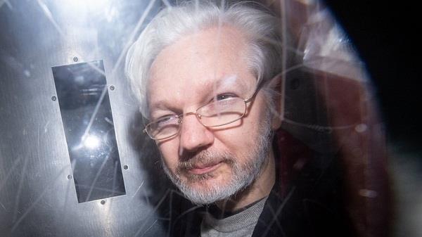 julian assange extradition bail