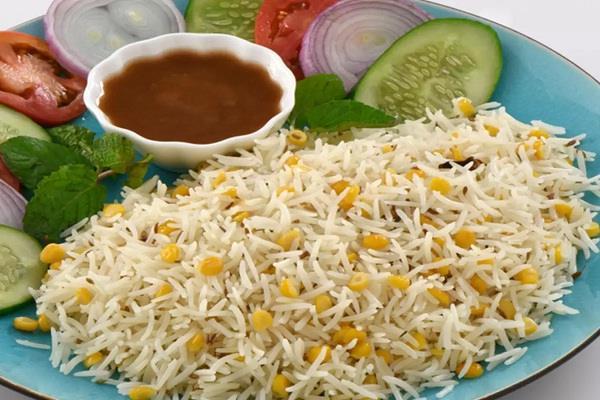 here  s how to make chana dal khichdi in the home kitchen