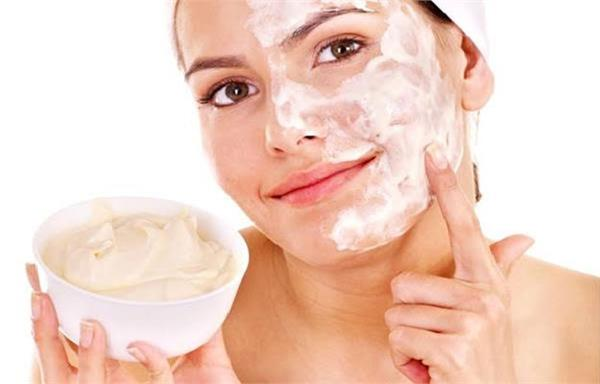 beauty tips  apply   cream   to bring natural glow to your face
