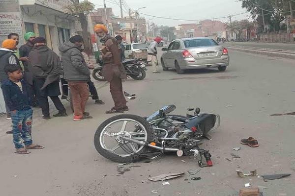 mini bus motorcycle death injured