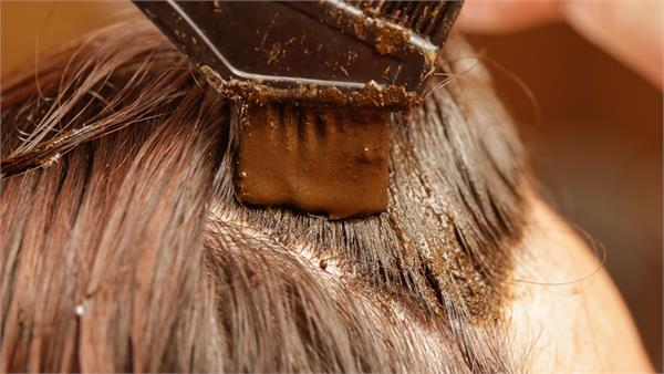 useful for hair is heena it removes many problems besides sikri