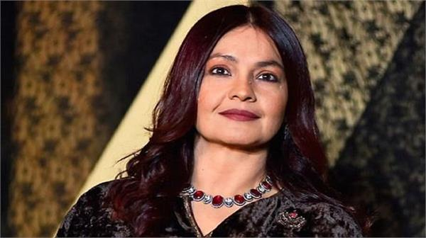 pooja bhatt questions women safety after gruesome badaun gangrape case