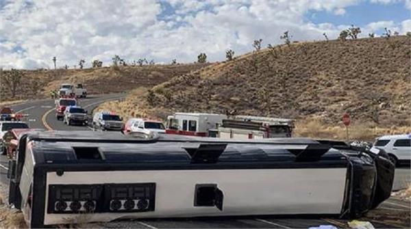 arizona  tourist bus  crashed