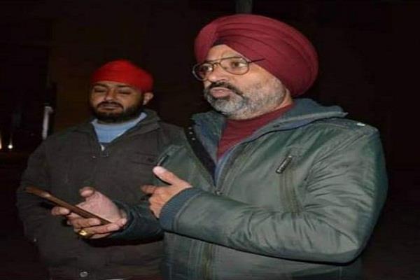 simranjit claim registered a case khadi board director major singh