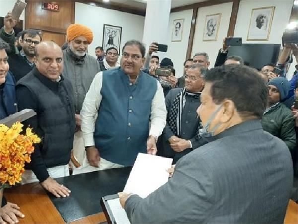 agriculture law abhay singh chautala haryana assembly resignation